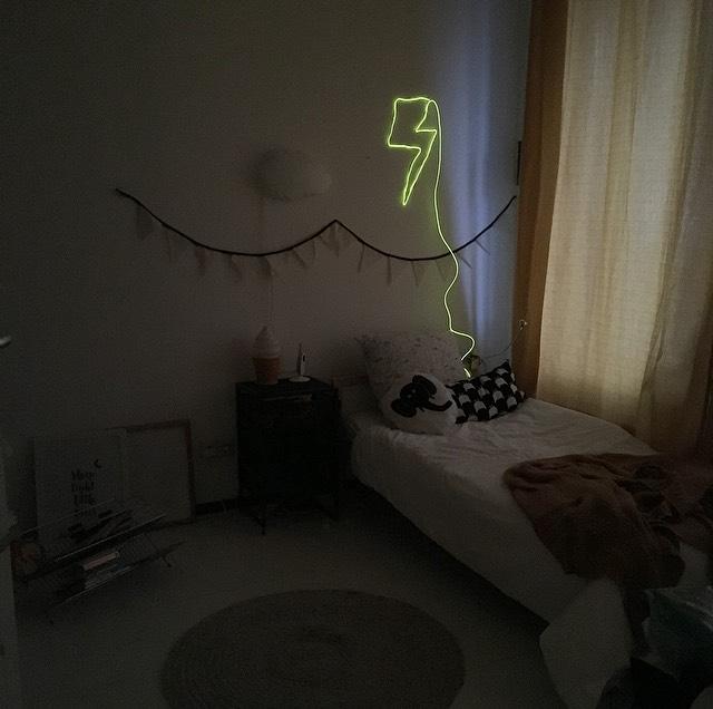 DIY neon lamp bliksem